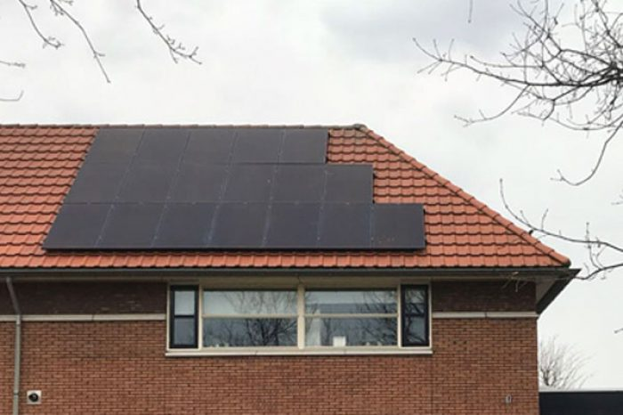 Capacity: 5.5 kW Place: Holland Module Type: All Black Module