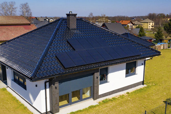 C & I Project Capacity: 4.6 kW Place: Poland Module Type: All Black Module